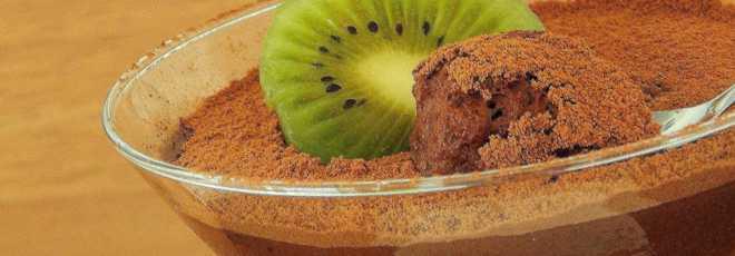 Mousse de chocolate com água de grão-de-bico