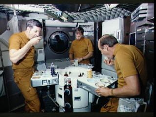 Astronautas da NASA em missão em Marte comerão menu 100% vegano