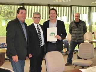 Paraná debate política para evitar atropelamentos de animais silvestres