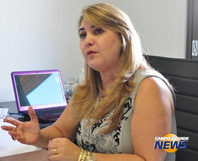Mulher diz que cuida de cão quando filho viaja; polícia intima os dois em Campo Grande, MS