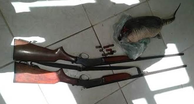 Caça termina com a prisão de  dois jovens em Óbidos, PA