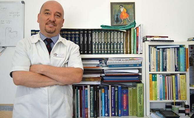 Veterinário chileno afirma terapias alternativas na região Algarvia, em Portugal