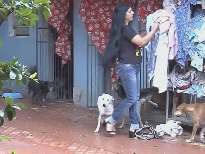 Moradora é multada após vizinho reclamar do barulho de animais em Assis, SP