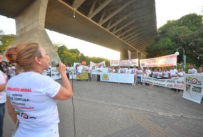 Piauí: Manifestantes prometem combater a prática da vaquejada na Expoapi