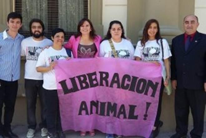 É lei a proibição de zoológicos e circos com animais na província de La Rioja, Argentina