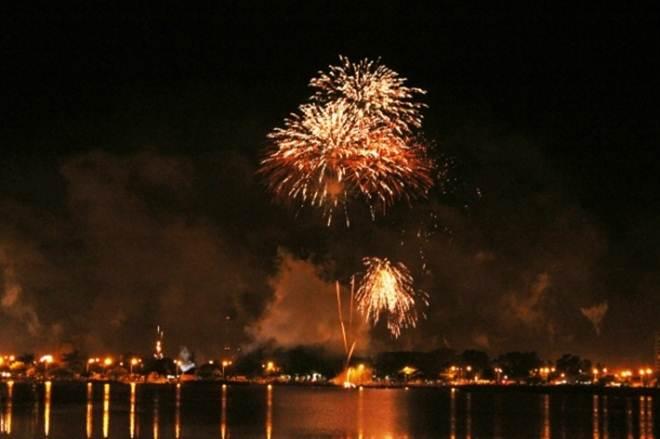 Prefeitura de Três Lagoas (MS) cancela queima de fogos na virada do ano