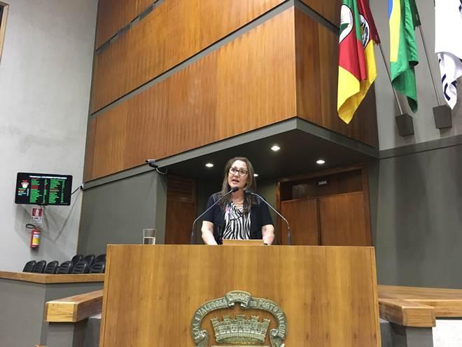 Vereadora questiona fim da Secretaria dos Direitos Animais de Porto Alegre, RS