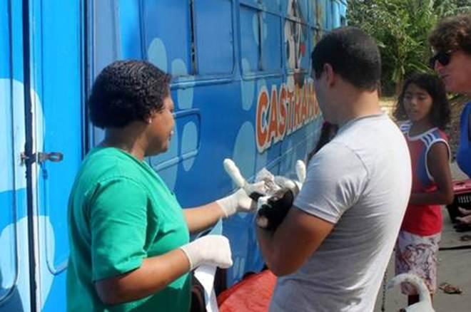 Prefeitura prorroga atendimentos do Castramóvel no IAPI em Salvador, BA
