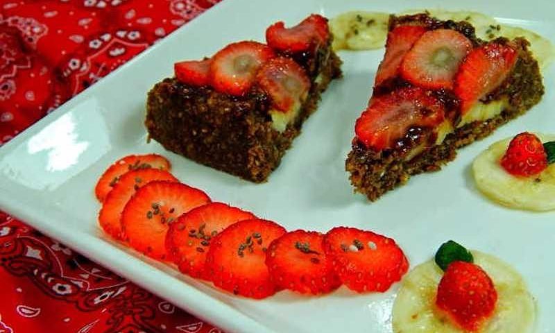 Torta de morango crua