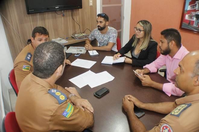 Captura de animais domésticos é discutida com Bombeiros em Aracaju, SE