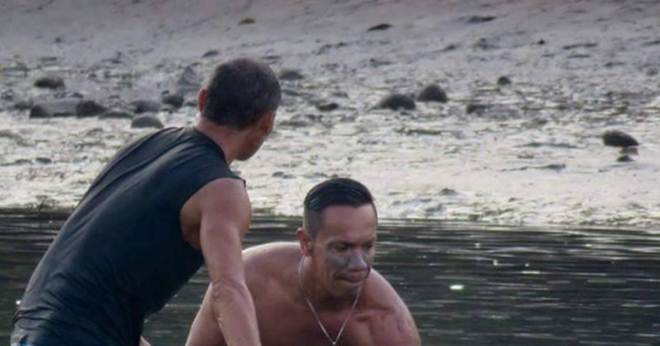 Surfistas ouvem um choro em uma praia. Deem uma olhada na criatura que eles encontraram…