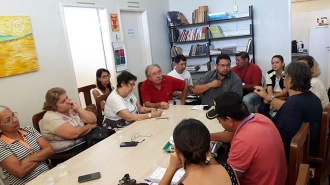 Abandono de gatos, implantação do CCZ e mutirão de castração é tema de reunião em Aquidauana, MS