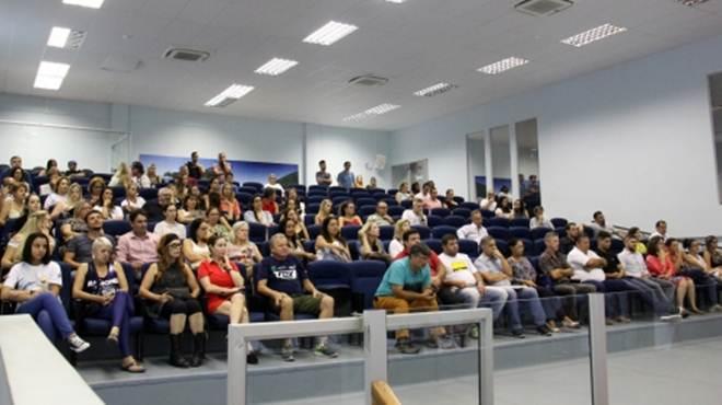 Audiência Pública em Balneário Camboriú (SC) debate proteção e bem-estar dos animais