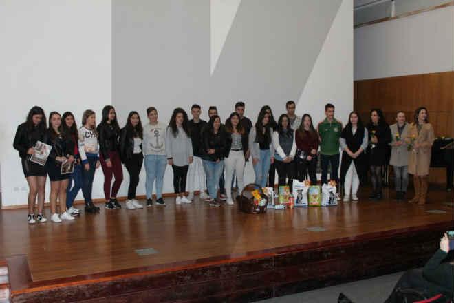 Campanha de recolha de alimentos para animais abandonados foi um sucesso em Vila Verde, Portugal