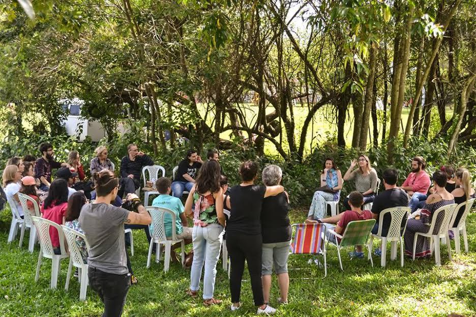 Veganos promovem encontro no Parque Getúlio Vargas, em Canoas, RS