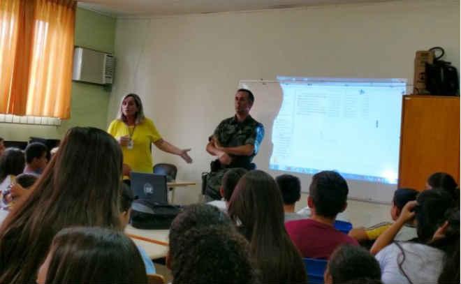 Estudantes de Governador Celso Ramos (SC) aprendem a dizer não à Farra do Boi