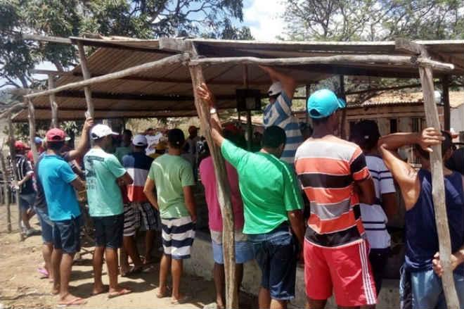 Polícia Militar flagra mais uma rinha de galo em Itabaiana, SE