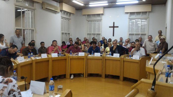 Criação de Conselho de Defesa dos Animais causa discussão na Câmara de Camaquã, RS