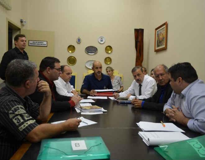 Após denúncia, CCJ avalia se investiga vereador acusado de maus-tratos a animais em Santa Maria, RS