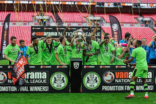 O primeiro time de futebol vegano do mundo subiu de divisão e está conquistando admiradores por aí
