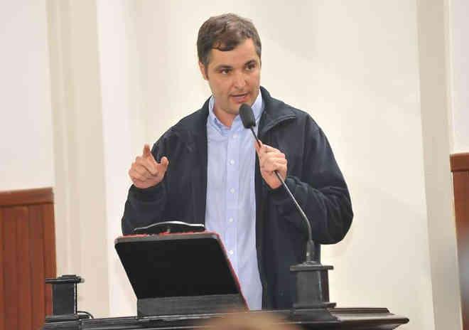 Projeto que aumenta multa para maus tratos a animais é do vereador Marlon Siqueira (PMDB) (Foto: Assessoria de Comunicação/Divulgação)