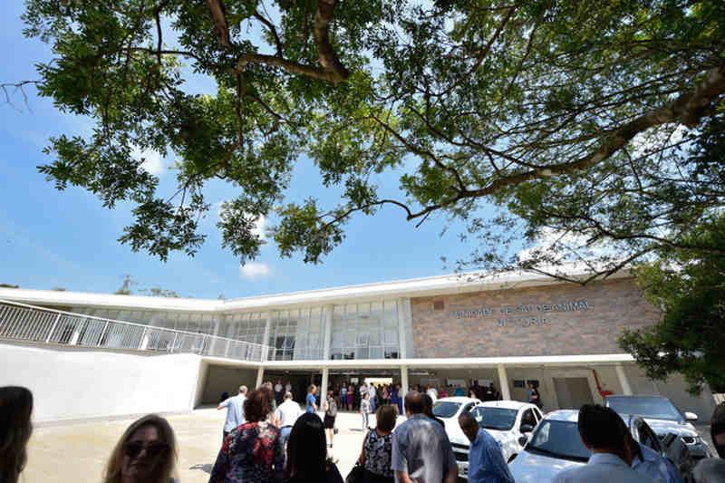 Atual gestão sustenta que estrutura foi entregue sem as licenças devidas, em novembro do ano passado. (Foto: Divulgação)