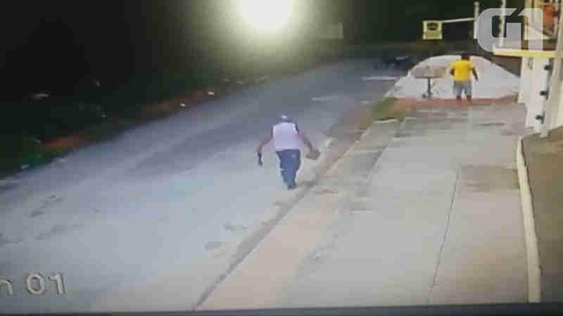 Polícia busca identificar homens gravados em vídeo em Macapá (Foto: Reprodução)