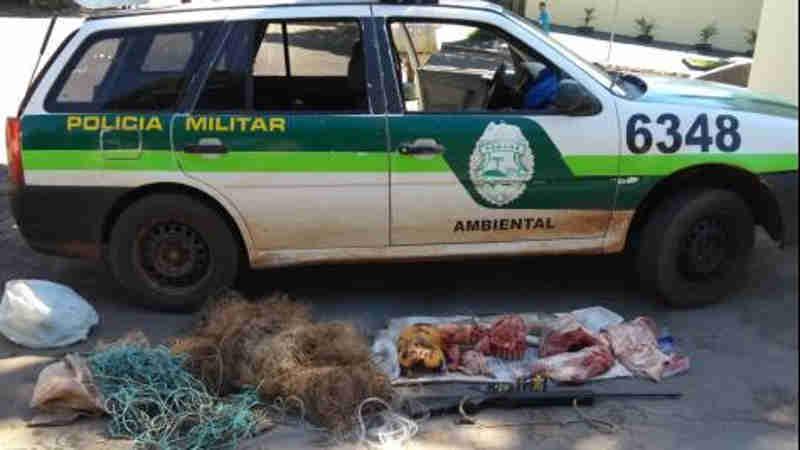 PM Ambiental apreende redes, peixes vivos, animais abatidos e arma de fogo em Guaporema, PR