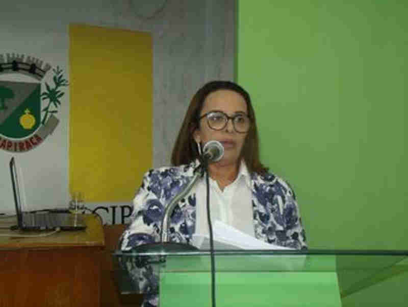 'Centro de Zoonoses está sucateado e serve de cabide de emprego', diz vereadora de Arapiraca, AL