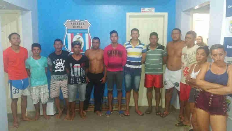 Polícia prende 12 pessoas e apreende animais silvestres durante operação em Eirunepé, AM