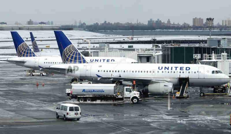 United desvia voo em terceiro erro na semana envolvendo animais
