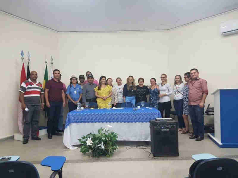 Prefeitura e Faculdade Santa Maria apresentam projeto para cuidar de animais de rua em Cajazeiras, PB
