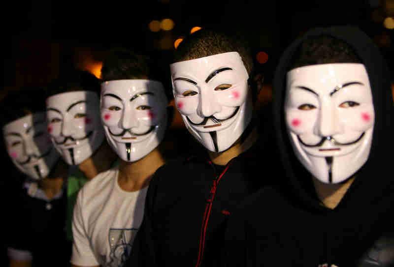 Anonymous vegan fazem ação de sensibilização em Lisboa, Portugal