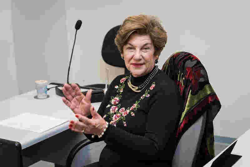 Vereadora pede para retirar assinatura e ''emenda dos rodeios'' perde força em Botucatu (SP); clima é tenso na Câmara