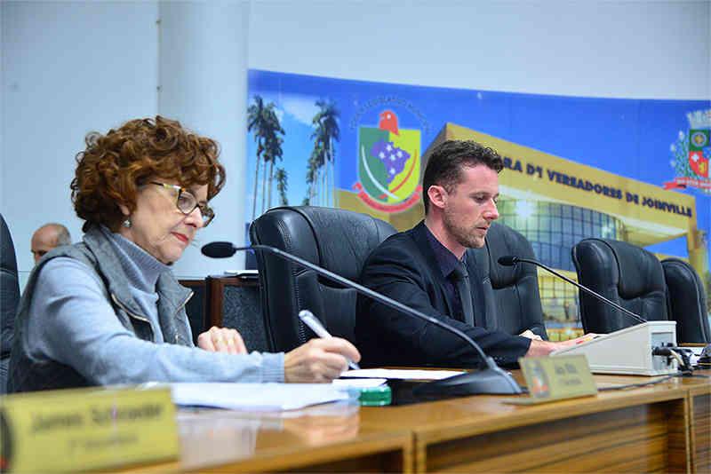 Ana Rita na sessão. (Foto: Nilson Bastian/Assessoria de Imprensa CVJ)