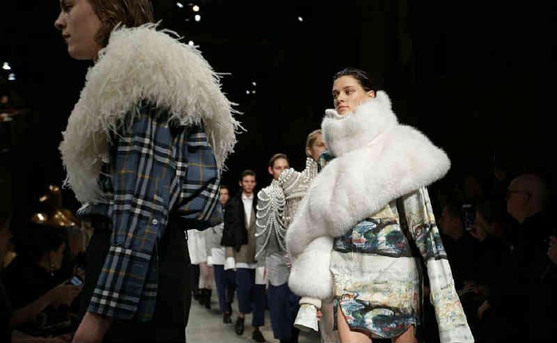 Semana de moda de Londres é primeira a abolir pele animal completamente