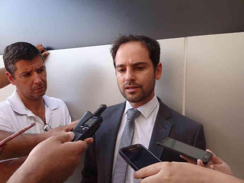 Vereadores aprovam projeto que proíbe extermínio de animais em Itabira, MG