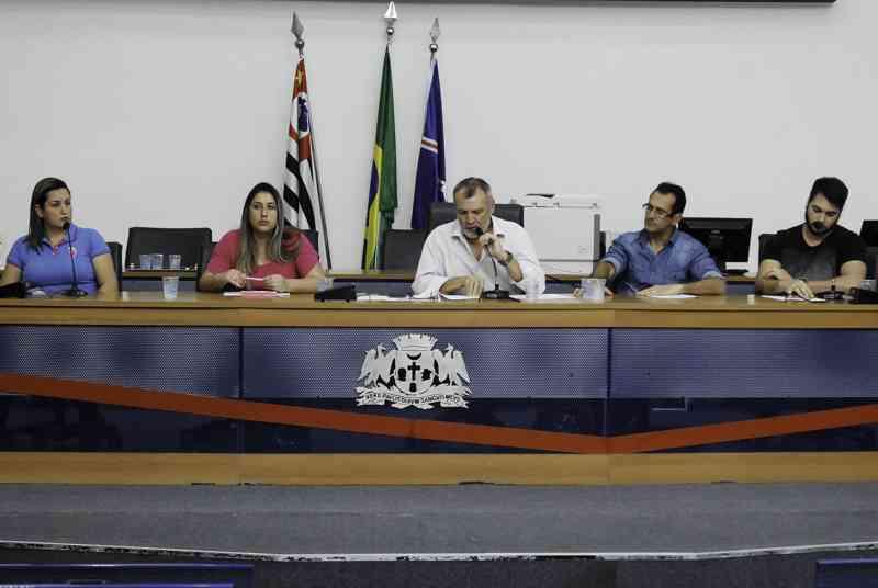 Frente Parlamentar recebe presidente do Conselho de Proteção Animal em Guarulhos, SP