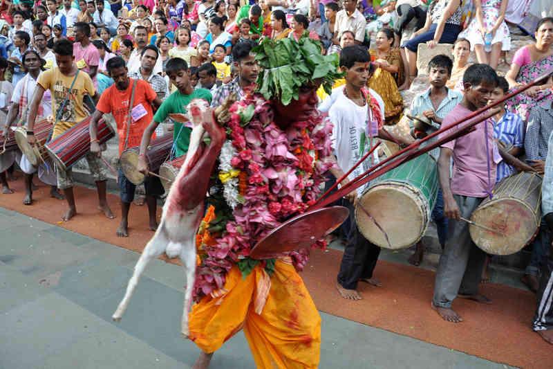 Sri Lanka vai banir sacrifício de animais nos templos hindus. Muçulmanos ficam de fora da proibição