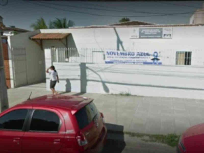 Mulher denuncia morte de animais após aplicação da vacina antirrábica em Maceió, AL