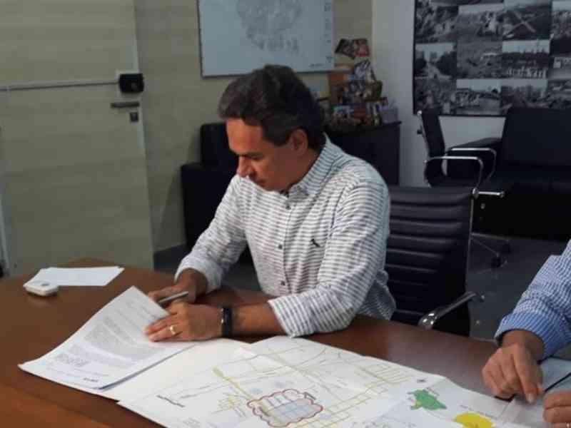 'Assusta animais': prefeito de Campo Grande (MS) veta fogos de artifício em eventos do município
