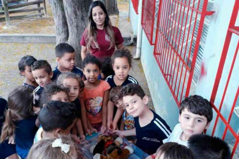 Guarda responsável de animais é tema de atividade em escola, em Limeira, SP