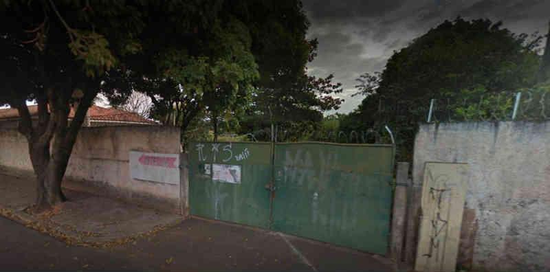 Trio rende vigia e sequestra cavalos no Centro de Zoonoses de Bauru, SP