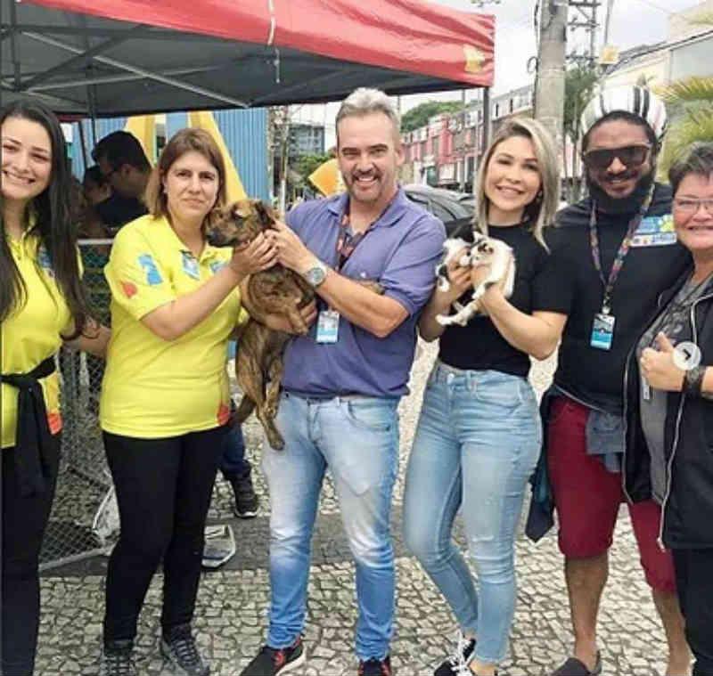Zoonoses apoia mais uma feira de adoção de animais em Mauá, SP