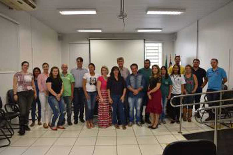 Membros do Conselho Municipal de Proteção e Defesa dos Animais são empossados em Sertãozinho, SP