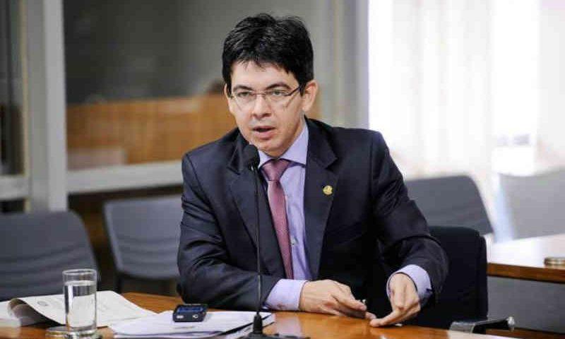 Senador propõe aumento nas penas de maus-tratos e abandono de animais no Brasil