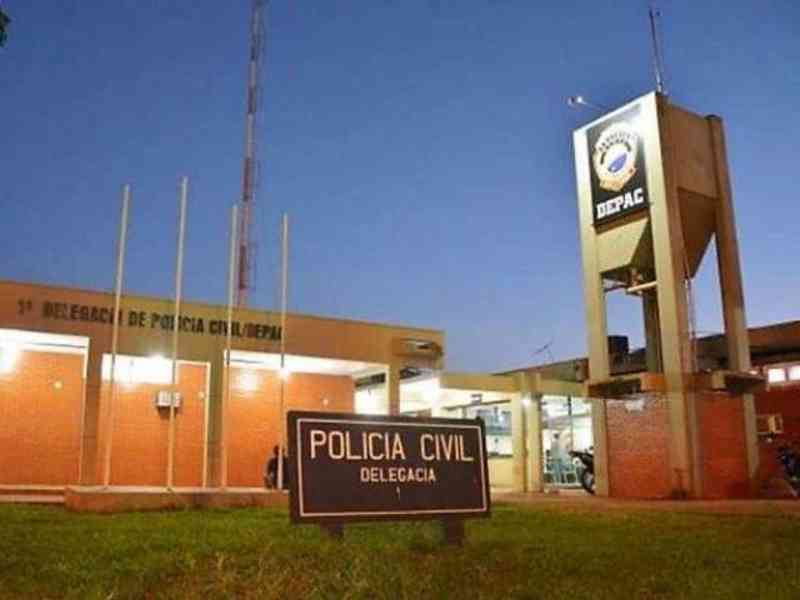 Morador denuncia à polícia tentativa de envenenar cachorros com comida, em Dourados, MS