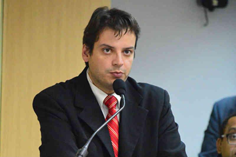 Câmara de Osasco (SP) proíbe uso de carroça puxada por animais e impõe multa de R$609