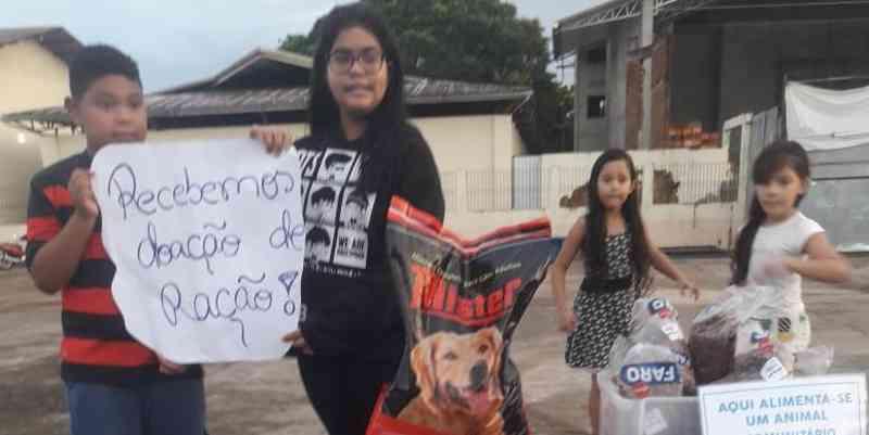 O projeto recebe doações para alimentar animais nas ruas de Santa Izabel (Divulgação)