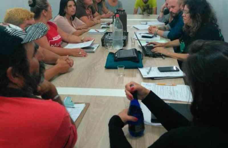 Grupo de trabalho para redução gradativa de veículos de tração animal em Imbé (RS) faz primeira reunião